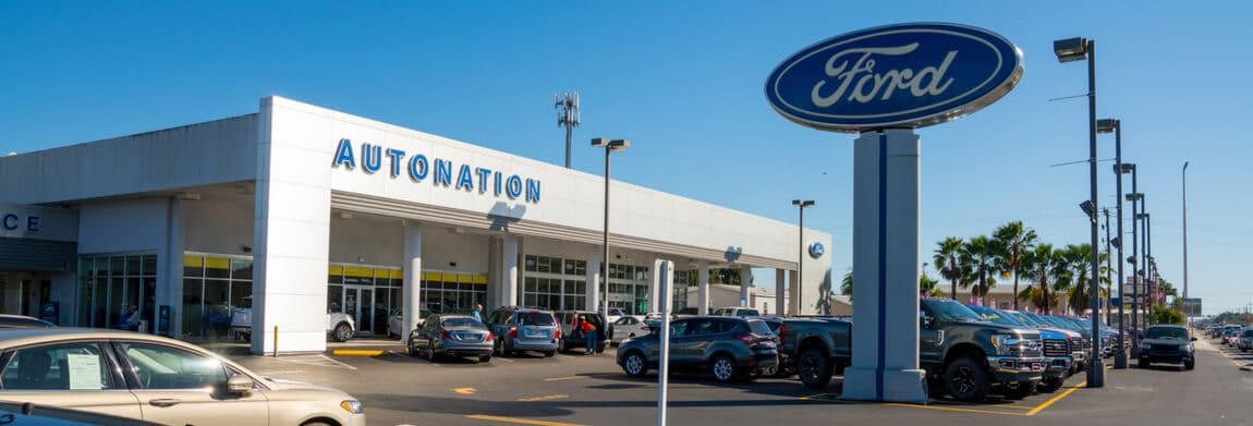 Exterior view of AutoNation Ford Bradenton