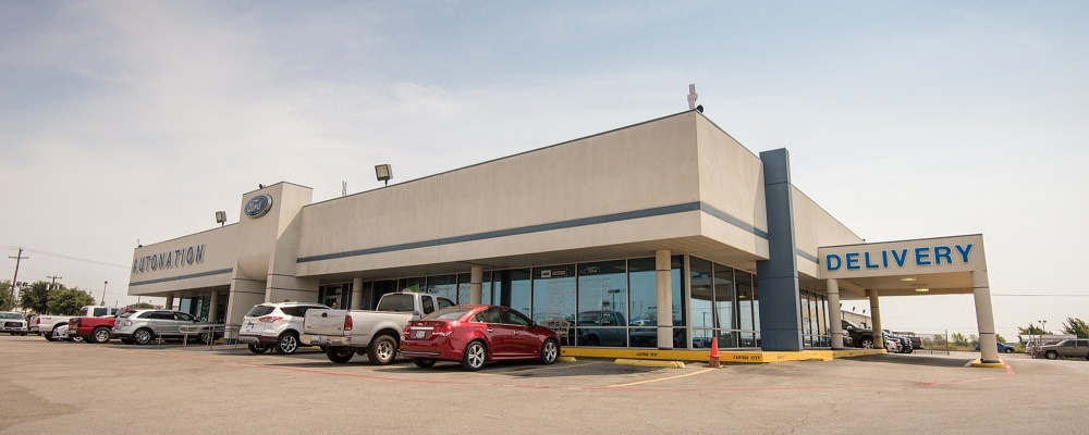 Outside view of AutoNation Ford Burleson