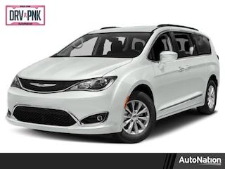 2019 Chrysler Pacifica Limited Mini-van Passenger