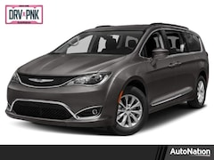 2019 Chrysler Pacifica Touring L Plus Mini-van Passenger