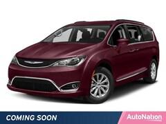 2018 Chrysler Pacifica Limited Mini-van Passenger