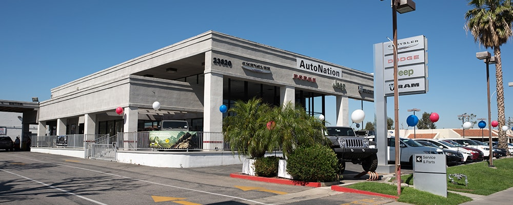 Exterior view of Autonation Chrysler Dodge Jeep Ram Valencia during the day