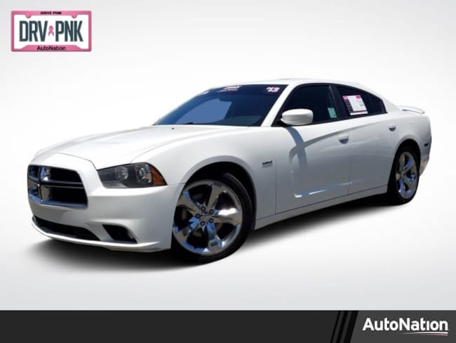 2013 Dodge Charger RT Max 4dr Car