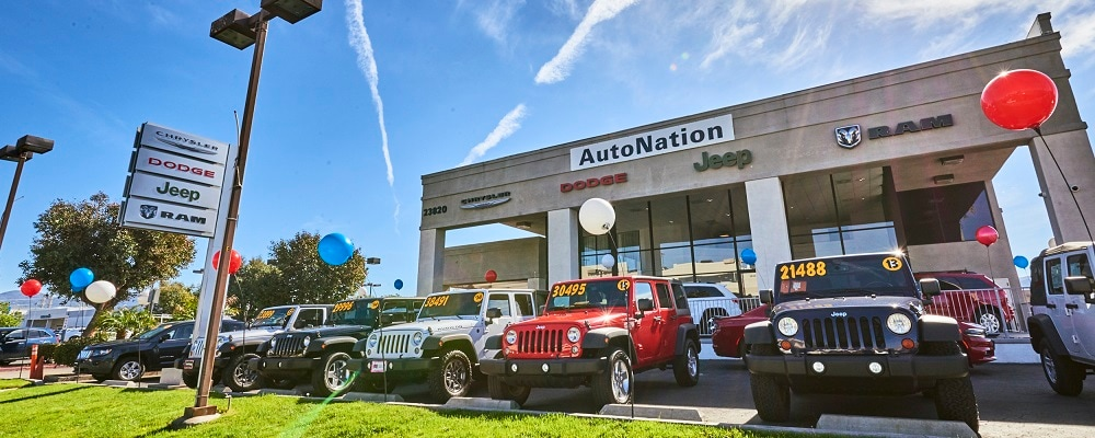 Chrysler Dodge Jeep & RAM Dealer Near Me Valencia, CA | AutoNation
