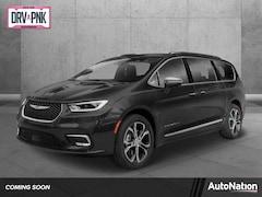 2021 Chrysler Pacifica Limited Mini-van Passenger