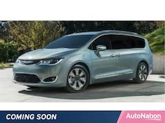 2019 Chrysler Pacifica Hybrid Limited Van Passenger Van