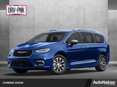 2021 Chrysler Pacifica Hybrid TOURING L Van Passenger Van
