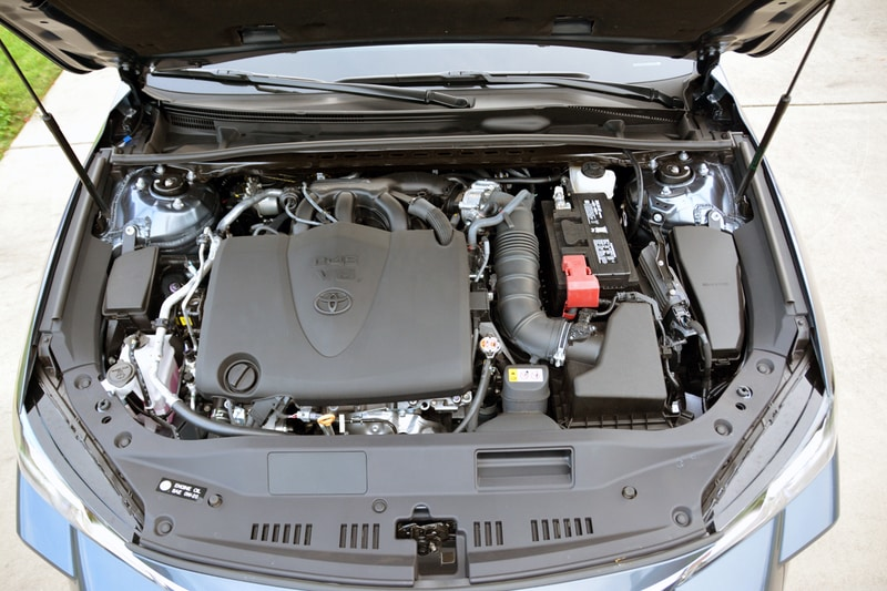 View of the engine block of the 2020 Toyota Avalon Limited
