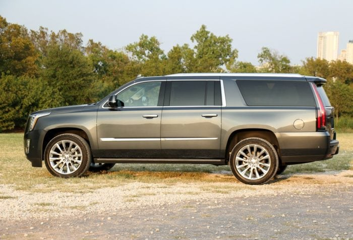 2019-Cadillac-Escalade-ESV-Premium-Luxury-4WD-review-photos-AutoNation-021-e1541728601982.jpg
