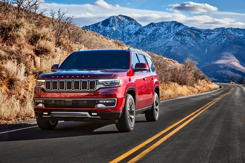 See pictures of the exterior of the 2022 Jeep Wagoneer