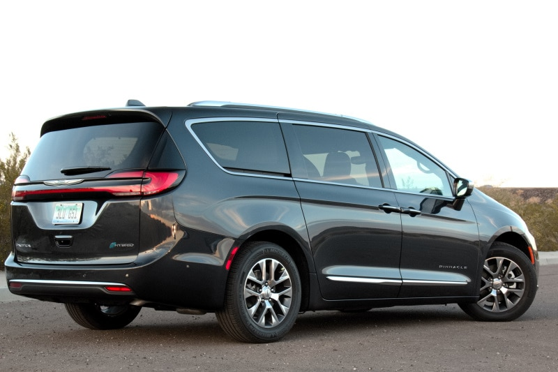 Exterior view of the 2021 Chrysler Pacifica Pinnacle Hybrid