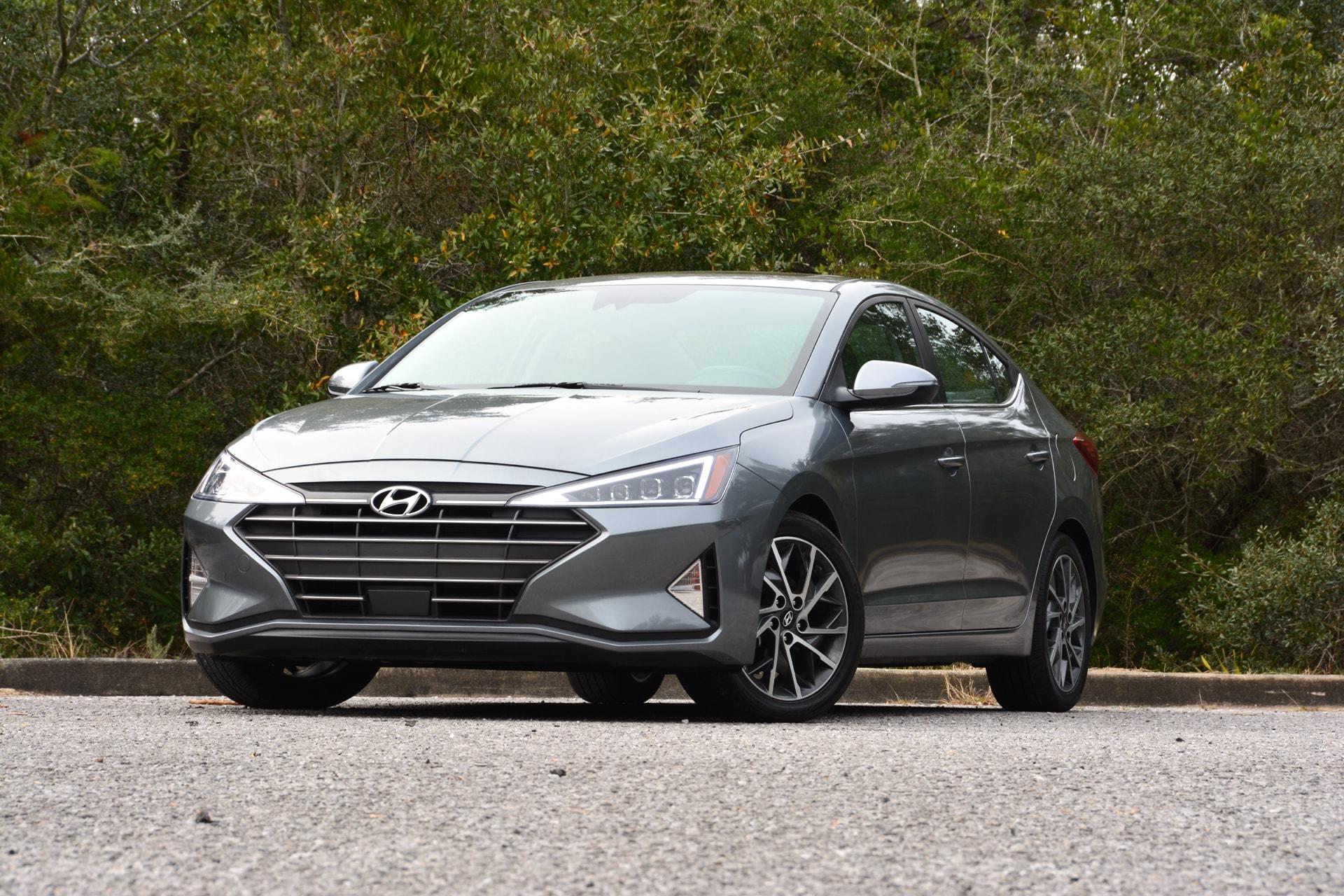 2019 Hyundai Elantra Test Drive