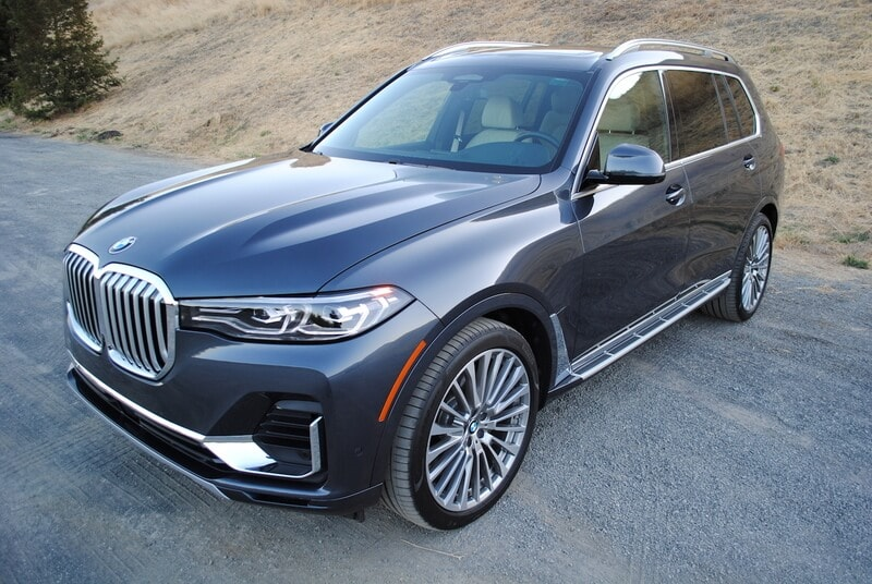 Image of a 2019 Chevrolet x4 xDrive40i vehicle