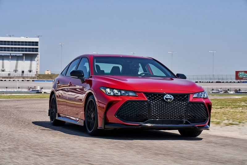 See the body of the 2020 Toyota Avalon TRD