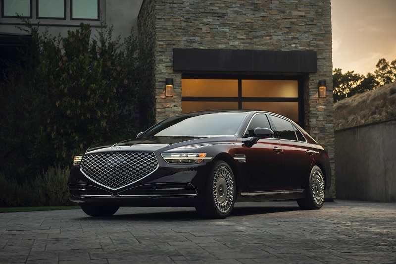 View the exterior of the 2020 Genesis G90 Ultimate
