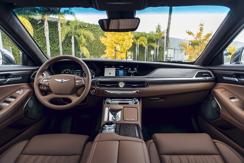 See the interior of the 2020 Genesis G90 Ultimate