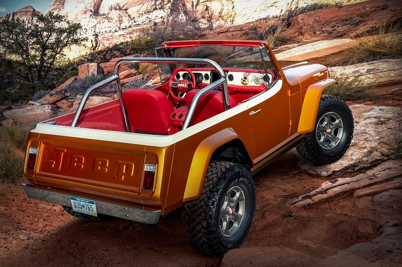 Exterior view of the Jeepster Beech concept for the Jeep Safari