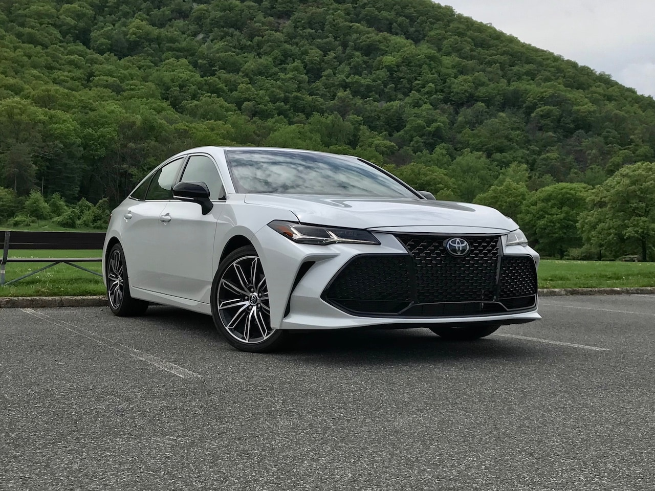 View of the 2019 Toyota Avalon Touring