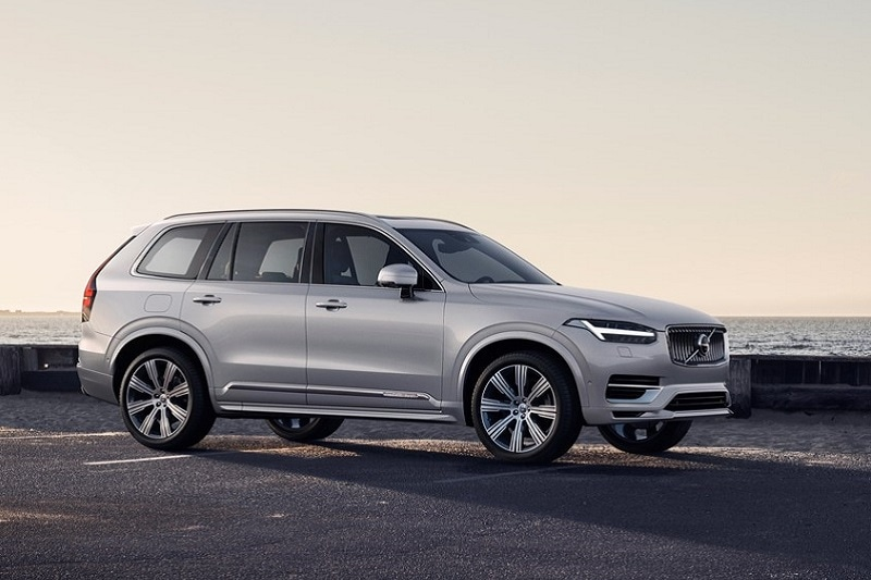Exterior view of Volvo SUV