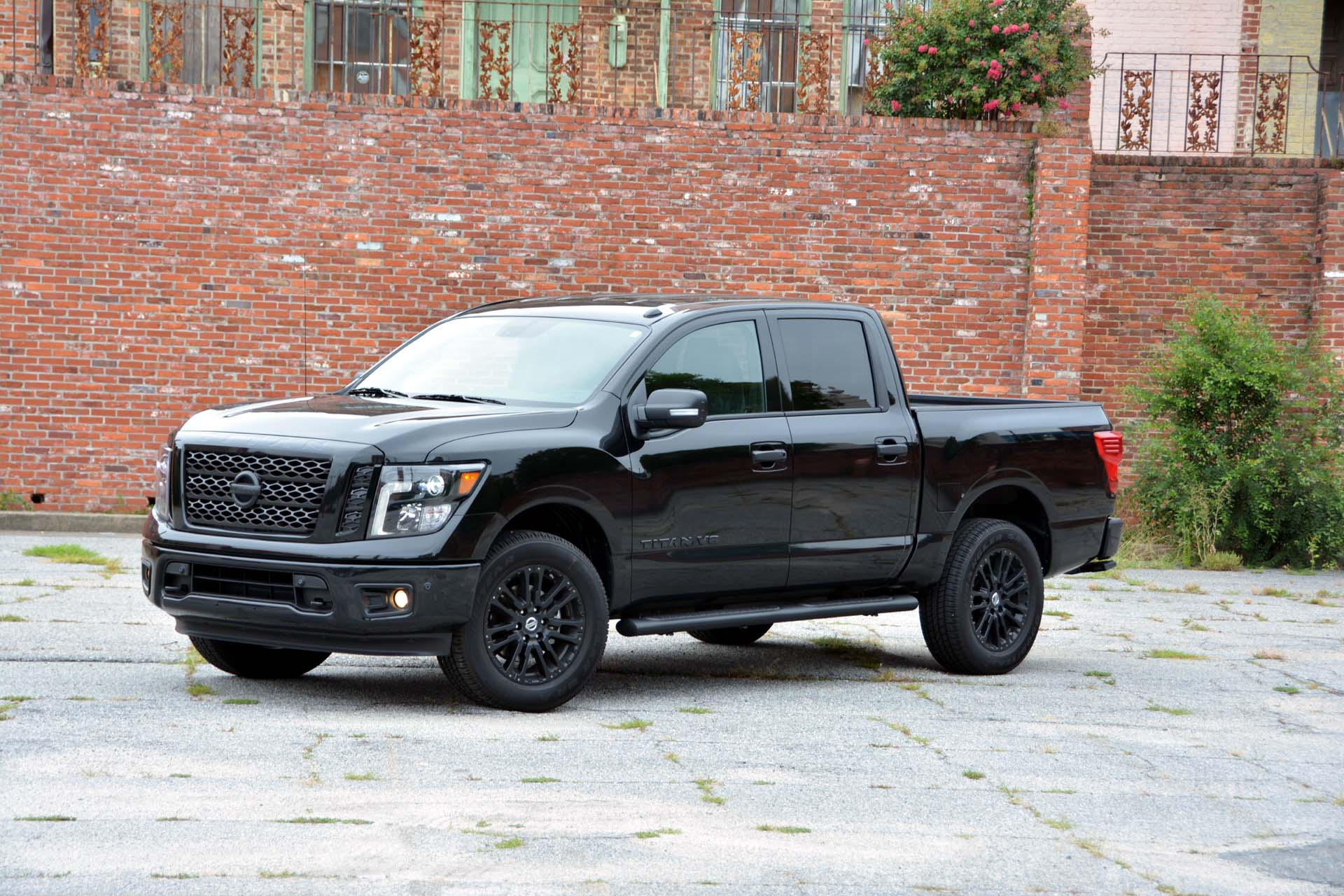 Image of a 2018 Nissan Titan Midnight Edition vehicle