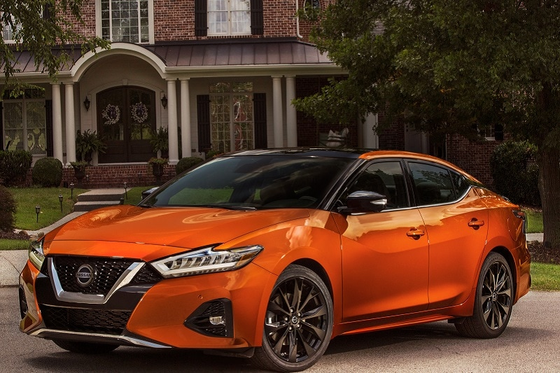 See the body of the 2020 Nissan Maxima SR