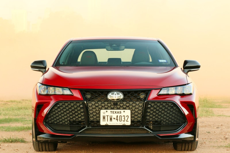 See the exterior of the 2020 Toyota Avalon TRD