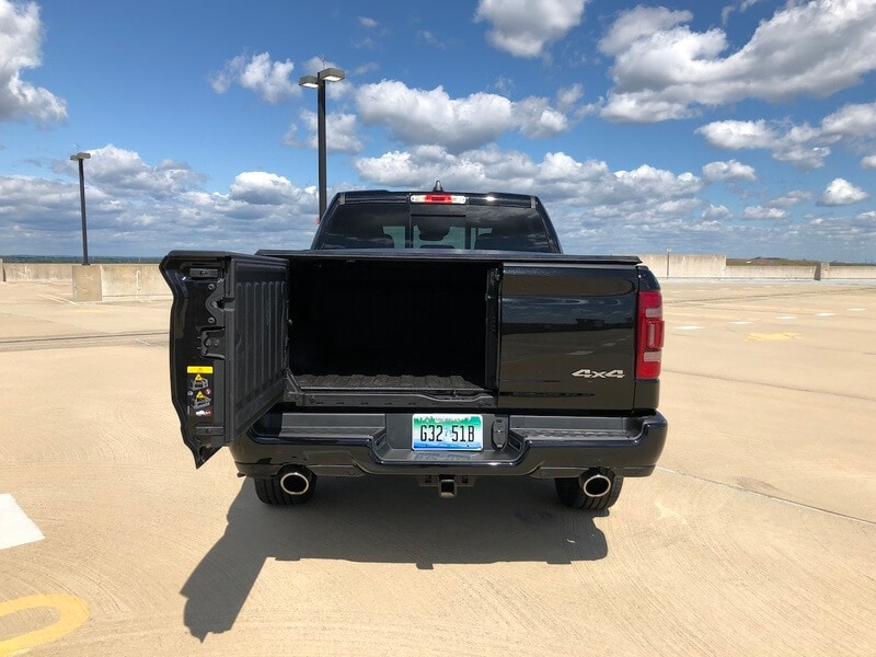 The 60/40 split tailgate is just one of the great features that makes the RAM 1500 stand out.