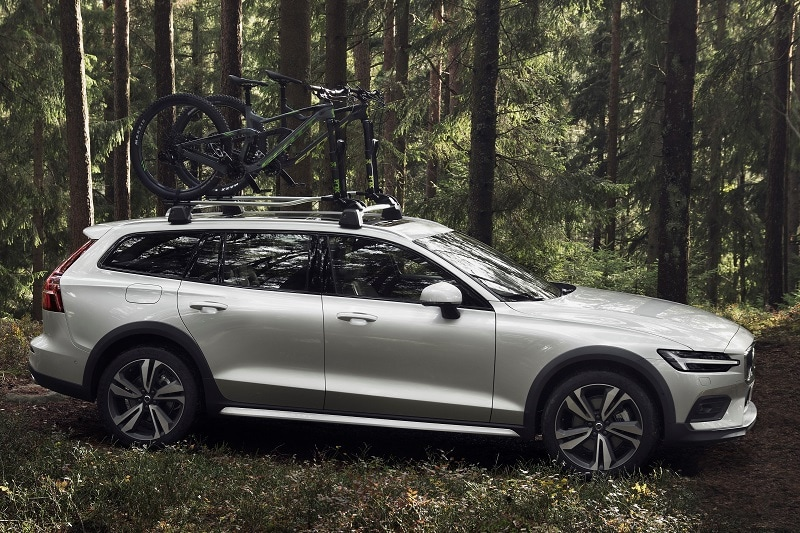 View of the 2020 Volvo V60 T5 Cross Country
