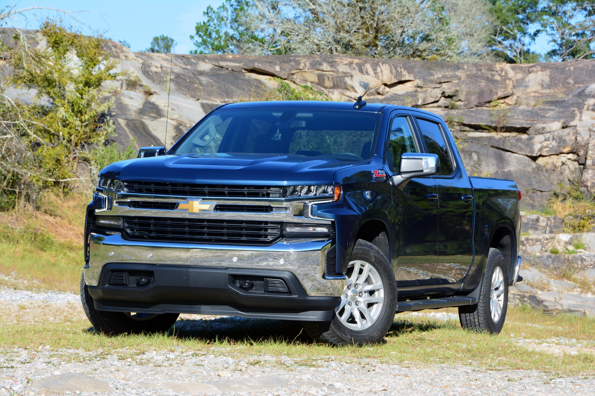 Image of 2019 Chevrolet Silverado 1500 Z71 4x4 vehicle
