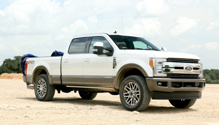 See the body of the 2019 Ford F-250 King Ranch Fx4