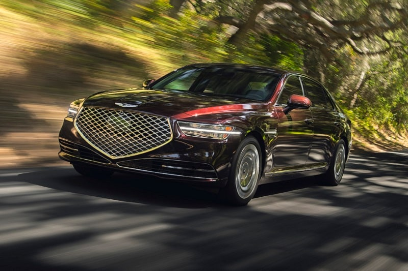 Exterior view of the 2020 Genesis G90 Ultimate