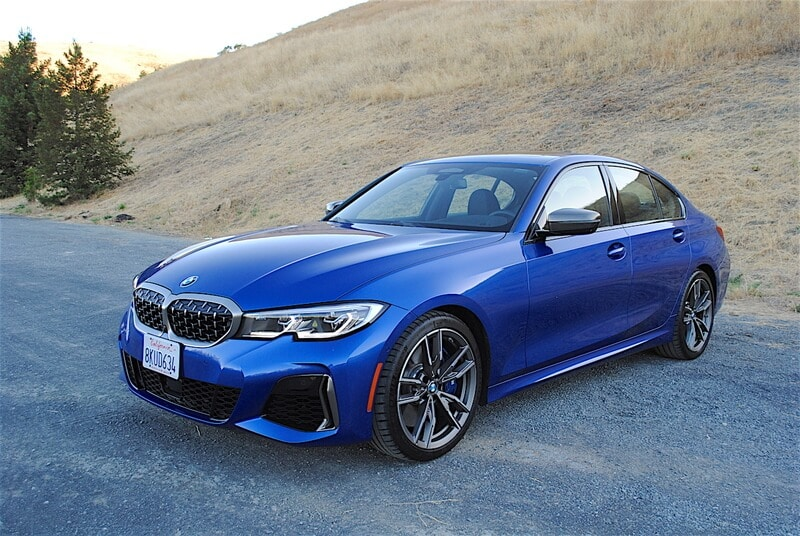 The M340i has an aggressive front fascia, massive corner callouts, and a unique lower grille.