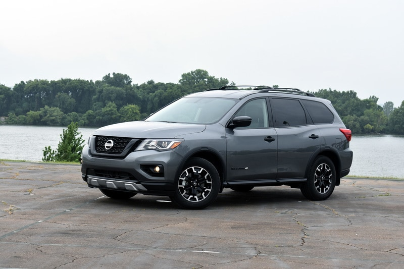 See the exterior of the 2019 Nissan Pathfinder
