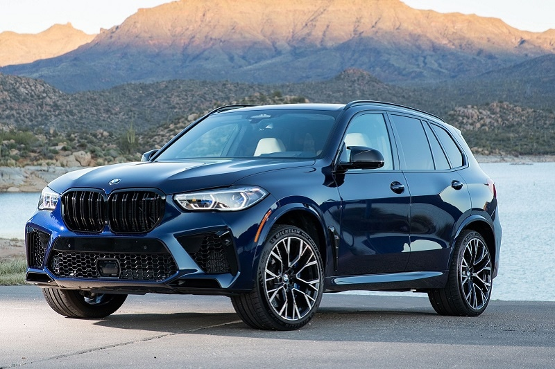 Exterior view of the 2020 BMW X5 M Competition