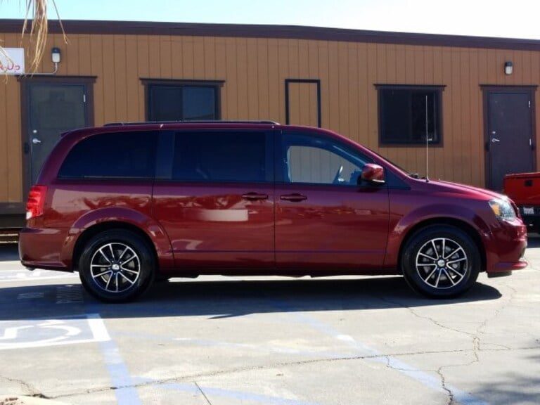 The 2018 Dodge Grand Caravan gets up to 20 mpg in combined driving