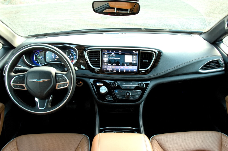 Interior view of the 2021 Chrysler Pacifica Pinnacle Hybrid