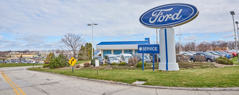 Outside view of AutoNation Ford East
