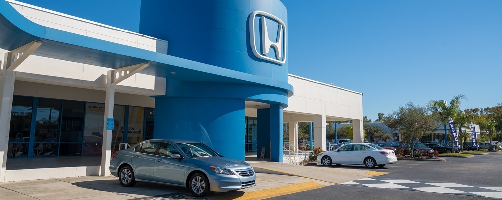 Outside view of AutoNation Honda Clearwater