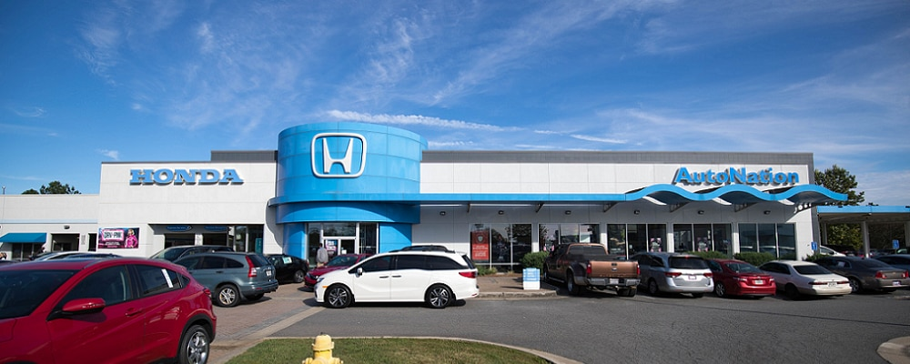 Used Honda Civic vehicles outside AutoNation Honda Columbus