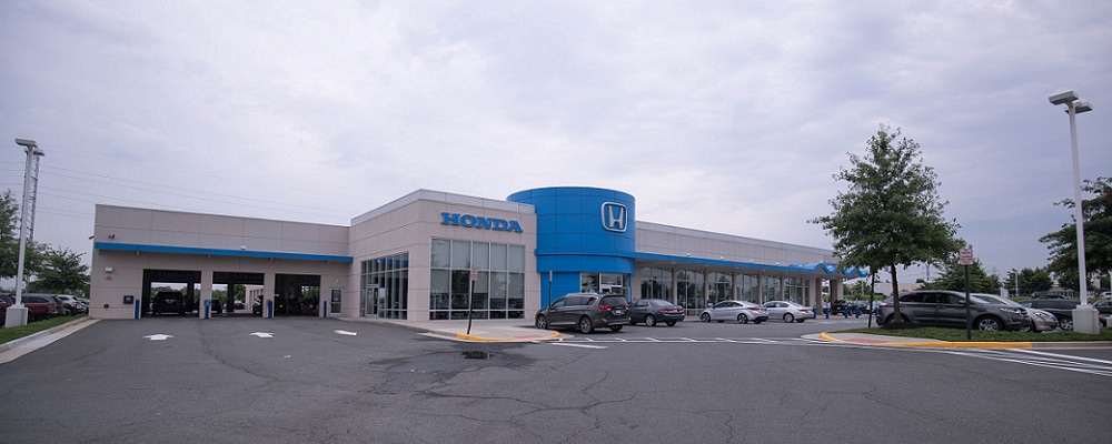 Used Honda Civic vehicles outside AutoNation Honda Dulles