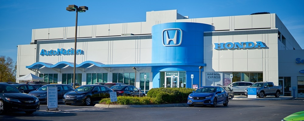 Exterior view of AutoNation Honda West Knoxville