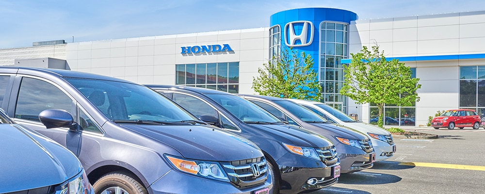 Exterior view of AutoNation Honda Renton serving Kent