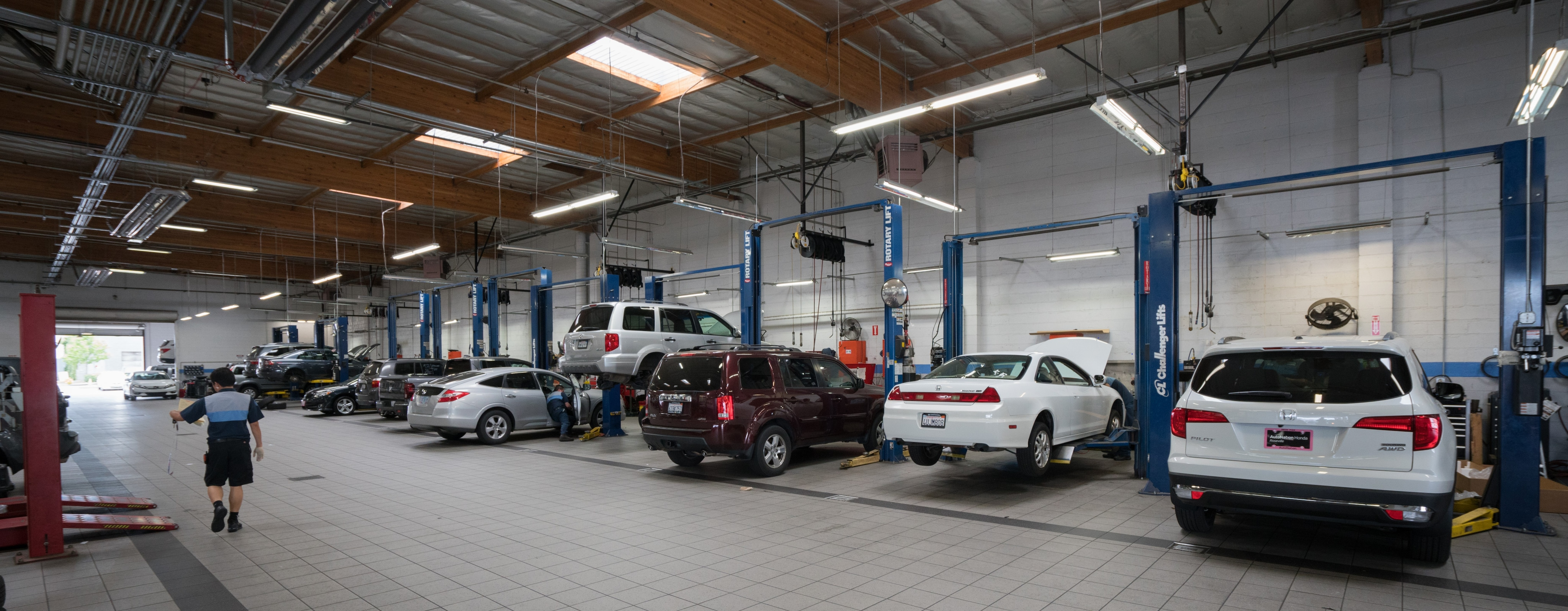 Buying And Maintaining A Car State Of California >> Autonation Honda Roseville Service Center In Roseville Ca