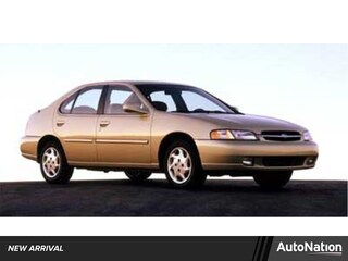 1999 Nissan Altima GXE Sedan