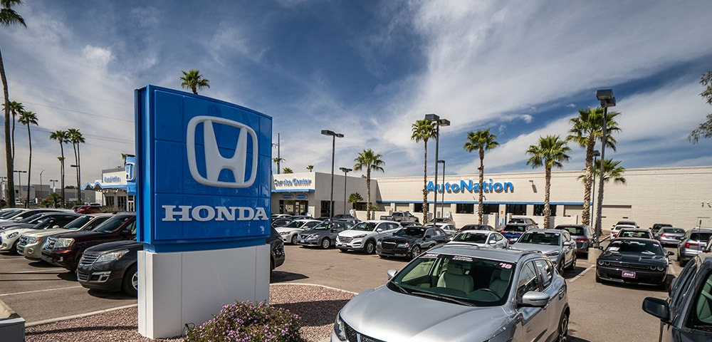 Outside view of AutoNation Honda Tucson Auto Mall