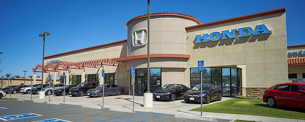 Exterior view of AutoNation Honda Valencia