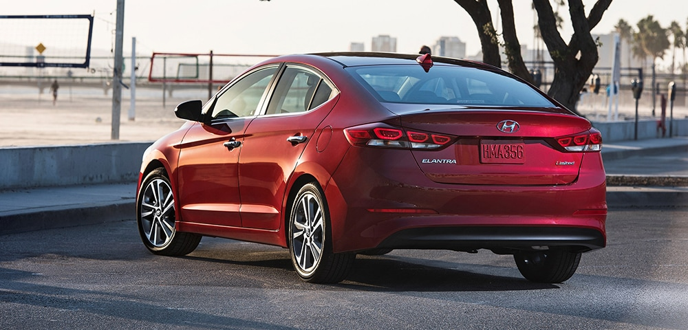 Rear three-quarter view of 2018 Hyundai Elantra