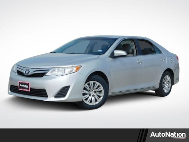 2013 Toyota Camry LE 4dr Car