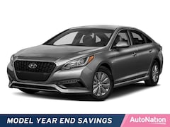 2017 Hyundai Sonata Hybrid Limited 4dr Car