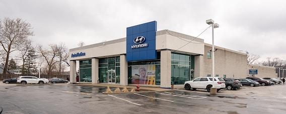 Hyundai Dealership Near Me in in Des Plaines, IL